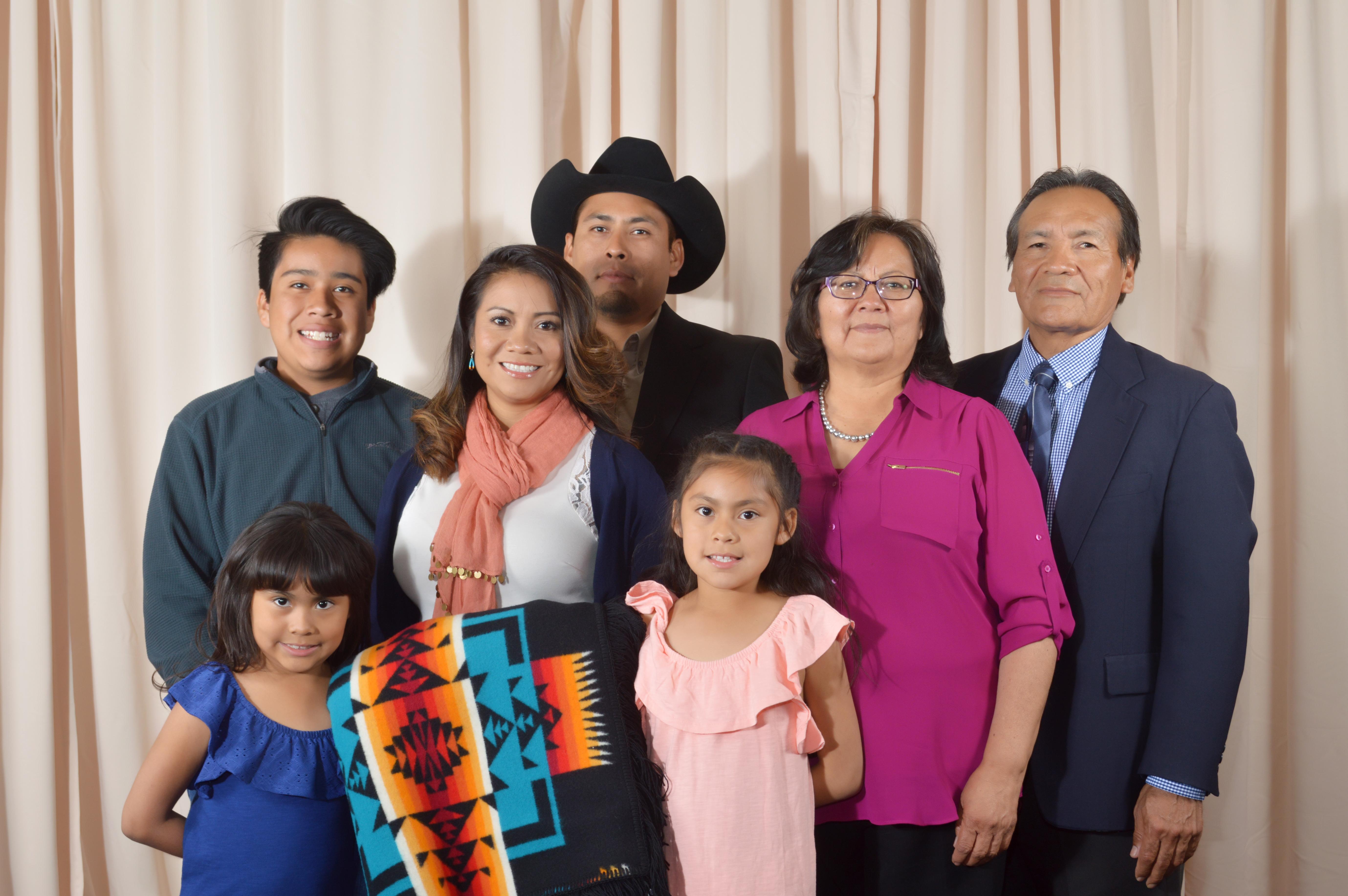 Kristyn Yepa y familia.