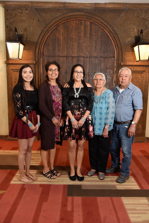 Christa Lee y familia