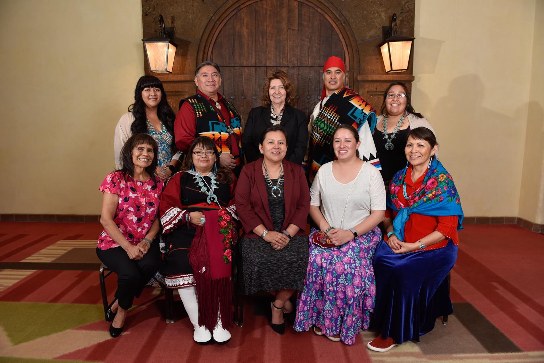 Foto de grupo del personal de la CNAH.