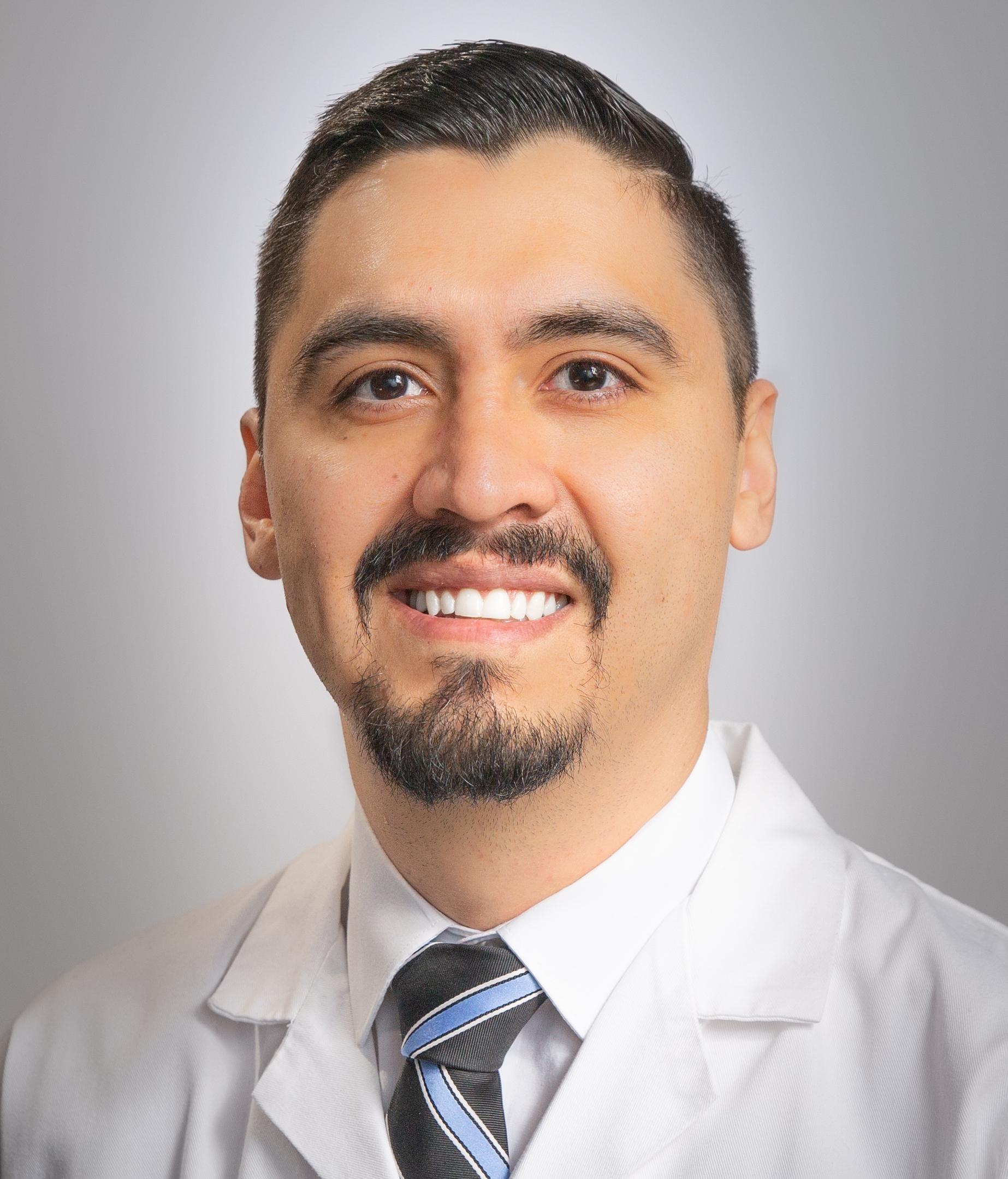 Dr. Alfonso Belmonte