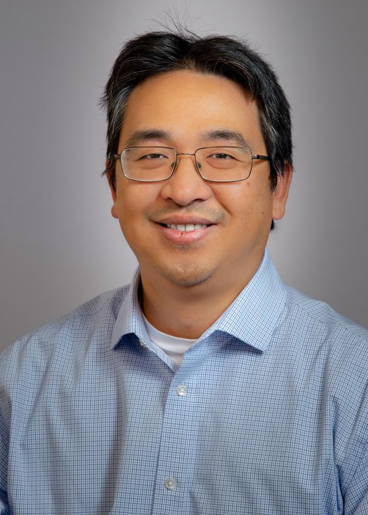 Foto da cabeça de Tony Yen