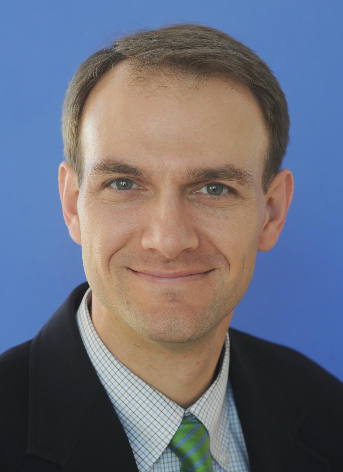 Eric Benson, medico