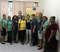 Foto di gruppo di chow con la squadra del Nicaragua.