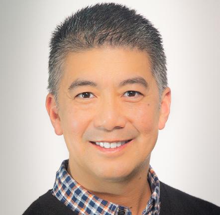 Craig Wong, jefe de la División de Nefrología