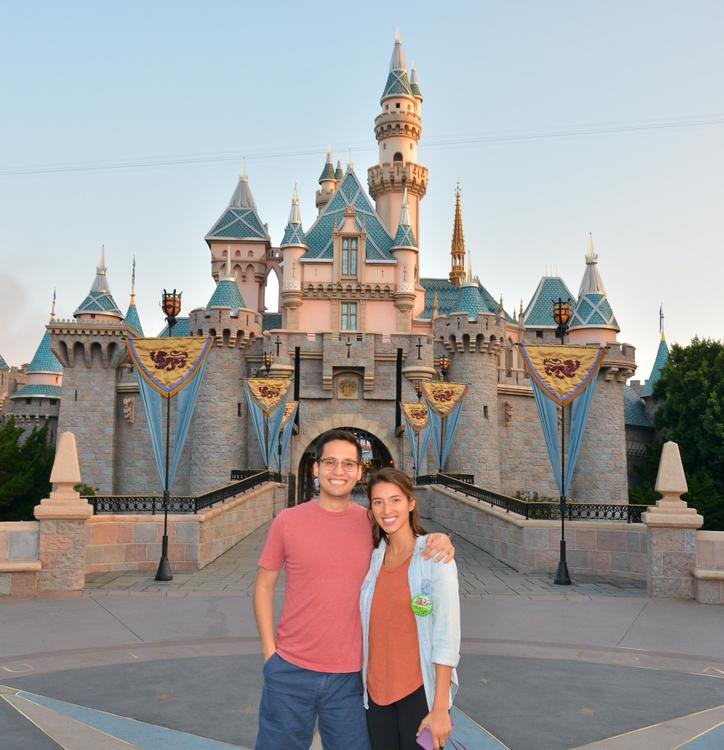 Nic Tan 和他在迪士尼乐园的搭档