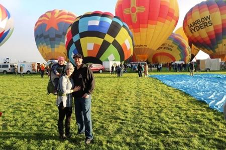 Կառլ Ուփլեգգերը և նրա ընտանիքը Balloon Fiesta- ում