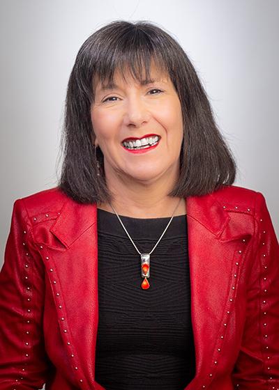 Beth Tigges, Doctora en Filosofía