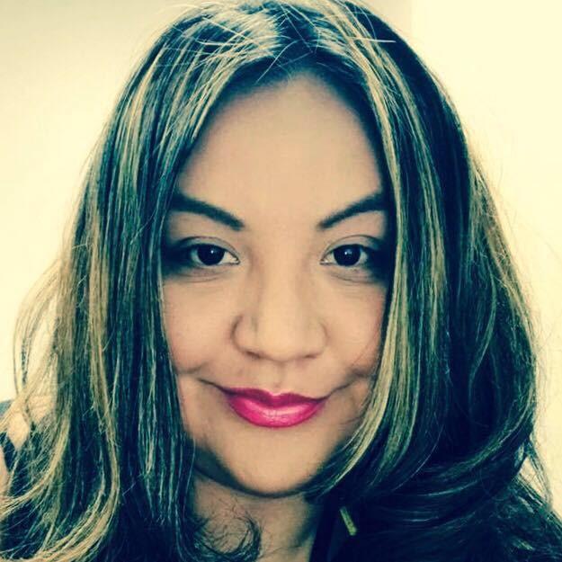 Headshot Crystal Lee