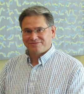 Headshot Steven Verney