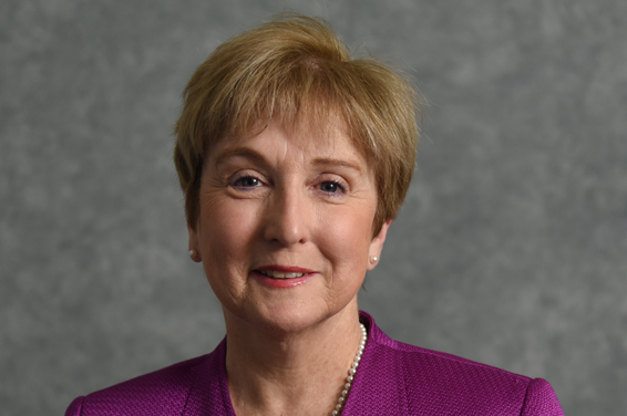 Patricia Watts Kelley de tiro en la cabeza.